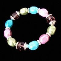 China Fashionable Bracelet, OEM Orders are Welcome, Made of Glass Beads, Imitation Pearl and Alloy on sale