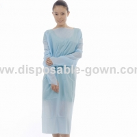 Quality Hospital Long Sleeve Disposable CPE Gown With Thumb Cuff for sale