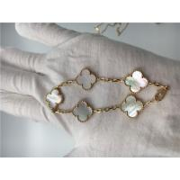 Quality Elegant 18K Gold Jewelry Vintage Alhambra Bracelet With White Mother Of Pearl for sale