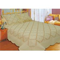 China Household Bedroom Embroidery Quilt Kits No Bleaching With Machine Made Technics on sale