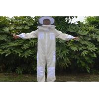 Quality Three Layer Beekeeping Protective Clothing , Bee Sting Proof Clothing With Round Hat for sale