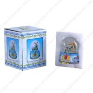 snowman plastic snow globe