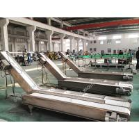 China High Stable Industrial Conveyor Belt For Bags Cartons Adjustable Height on sale