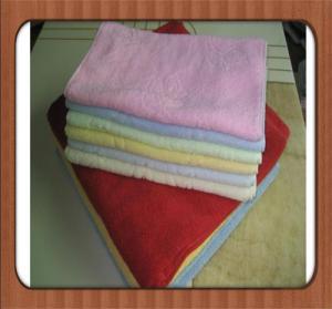Quality hot sale custom Wholesale high quality plain dyed bleach cheap 100% cotton face towel for sale